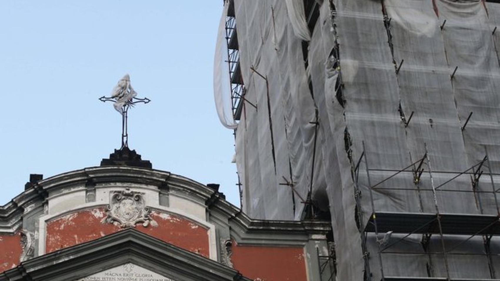 campanile-carmine-impacchettato